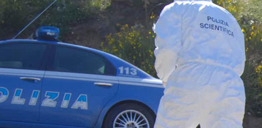 Auto e moto rubate trovate dalla Polizia di Stato nelle campagne nissene