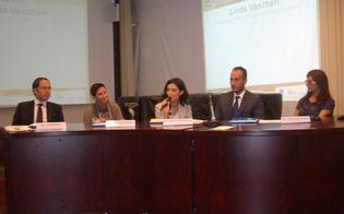 http://www.seguonews.it/giovani-lavoro-confronto-a-caltanissetta-il-gap-e-la-conoscenza-delle-lingue