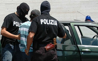 https://www.seguonews.it/omicidio-camorra-boss-niscemi-bloccato-sposa-prima-scappare-in-belize-scontare-18-anni-carcere