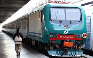 http://www.seguonews.it/treni-scontati-di-paola-m5s-non-sia-pero-foglia-di-fico-previsti-aumenti-del-10-su-tutte-le-tratte-ferroviarie