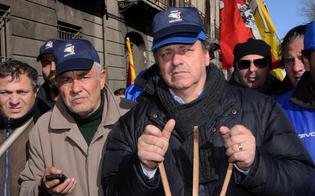 http://www.seguonews.it/i-forconi-paralizzano-litalia-8-dicembre-ore-22-iniziano-i-blocchi-stradali-il-popolo-si-riprenda-la-sovranita