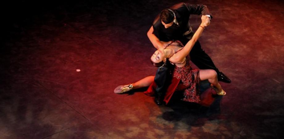 Milonga Night stasera al Corona Wine Bar: il tango da ballare e ammirare
