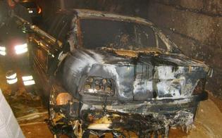 http://www.seguonews.it/incendio-nella-notte-a-niscemi-danneggiata-lauto-di-un-netturbino