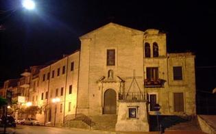 http://www.seguonews.it/rubato-denaro-e-oro-dal-convento-francescano-di-mussomeli