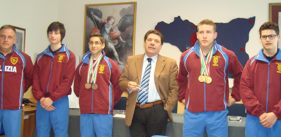 Fiamme Oro Polizia, tre medaglie al Campionato Esordienti per il pesista nisseno Di Maria