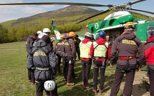 http://www.seguonews.it/dispersi-durante-la-gita-11-escursionisti-salvati-sulle-madonie-e-sulletna