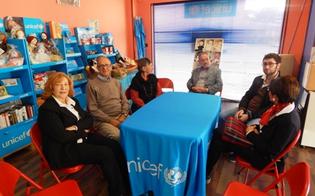 http://www.seguonews.it/lunicef-caltanissetta-invita-le-scuole-del-nisseno-a-creare-una-catena-umana-per-i-diritti-dei-bambini
