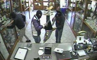 http://www.seguonews.it/criminalita-a-caltanissetta-reati-diminuiti-del-121-in-italia-boom-di-furti-in-appartamento