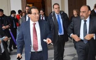 http://www.seguonews.it/crocetta-suona-la-carica-col-megafono-parte-campagna-di-incontri-del-suo-movimento-in-sicilia