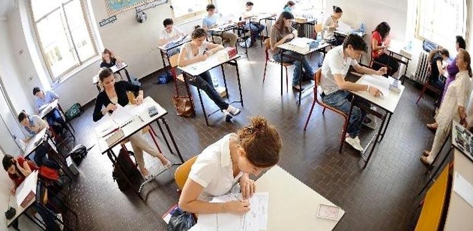 Scuola in Sicilia, meno offerta formativa e dispersione al top. Situazione critica a Caltanissetta