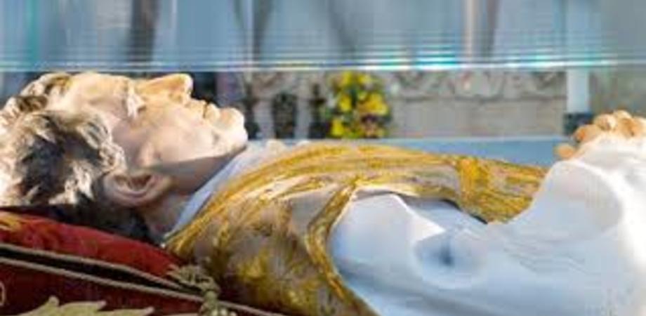 """""""Don Bosco è qui"""". Il programma del pellegrinaggio: veglie di preghiera, corteo e una mostra"""