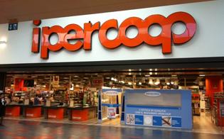 http://www.seguonews.it/lavoro-domani-si-inaugurano-due-ipercoop-a-catania-assorbiti-354-ex-dipendenti-aligrup