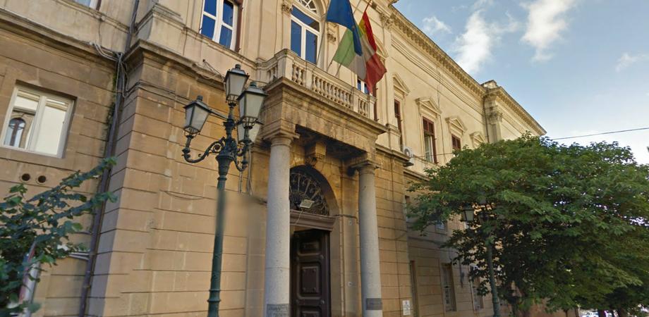 """Libero Consorzio Comunale Caltanissetta, i componenti della Rsu: """"Uffici senza riscaldamento, acqua e telefoni. Sembrano lager"""""""