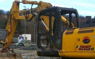 https://www.seguonews.it/attentato-nel-nisseno-bruciato-escavatore-a-impresa-che-sta-realizzando-svincolo-ss-626
