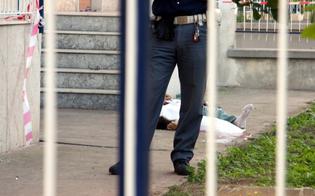 http://www.seguonews.it/casalinga-precipita-dal-balcone-al-primo-piano-tragedia-a-niscemi-si-ipotizza-il-suicidio