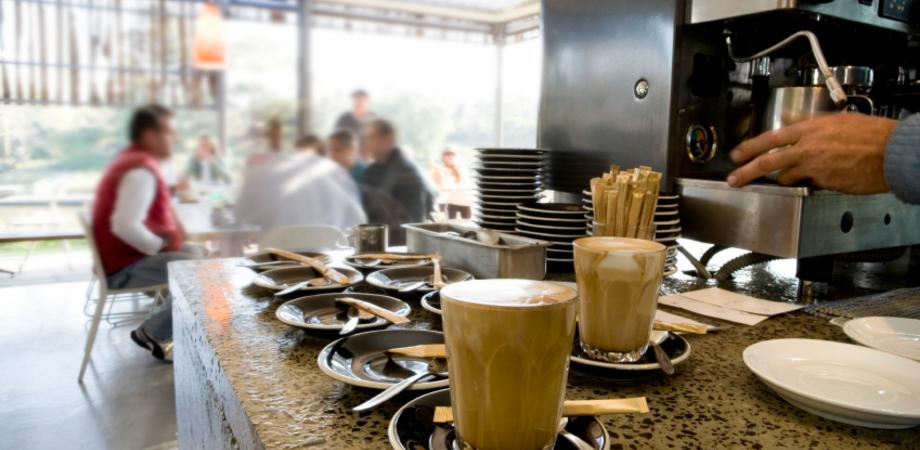 Caffè, snack, benzina e servizi postali: 2014, l'anno che verrà inizia con i rincari