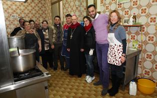 https://www.seguonews.it/pranzo-natalizio-con-i-poveri-e-gli-immigrati-del-centro-madre-speranza-ai-fornelli-il-vescovo-mario-russotto
