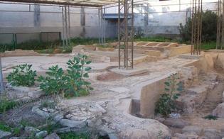 http://www.seguonews.it/la-gela-che-piace-immigrati-e-volontari-ripuliscono-il-sito-archeologico-dei-bagni-greci
