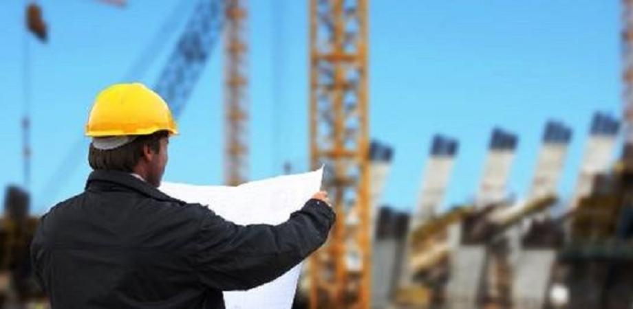 Manifestazione degli edili e precari in Sicilia: la categoria chiede il rinnovo dei contratti