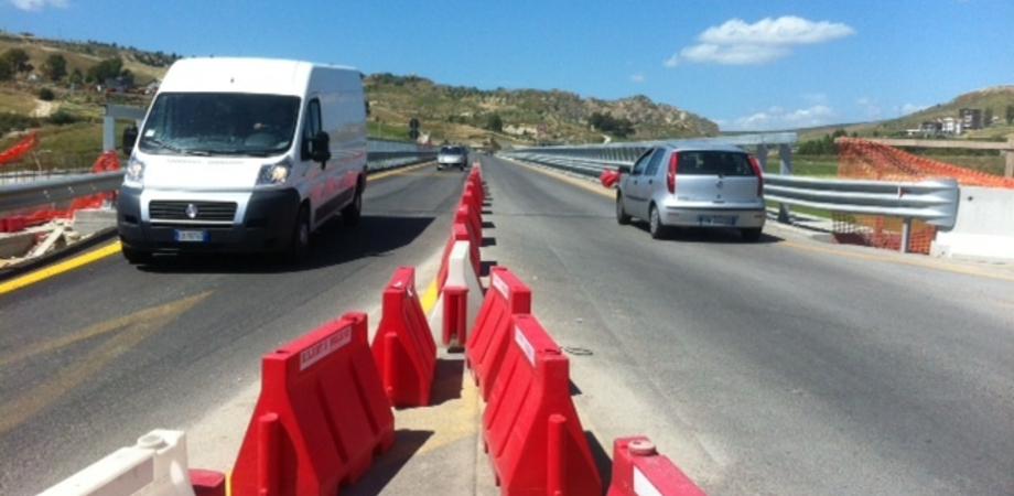 """Il viadotto """"Petrusa"""" che attraversa la 640, l'Anas: dovrà essere demolito e ricostruito"""