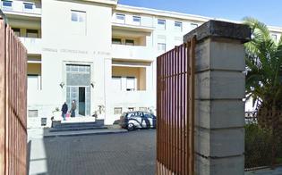 http://www.seguonews.it/ubriaco-devasta-pronto-soccorso-di-mazzarino-e-aggredisce-medici-arrestato-sorvegliato-speciale