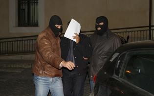 http://www.seguonews.it/mafia-rapine-ed-estorsioni-operazione-discovery-la-dda-di-caltanissetta-arresta-12-persone