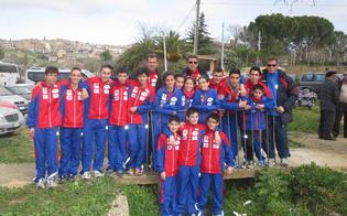 http://www.seguonews.it/gela-giovani-fanno-atletica-in-strada-tra-le-auto-dateci-una-struttura-adeguata