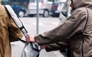 http://www.seguonews.it/caltanissetta-anziana-scippata-da-ladro-in-bici-cade-e-finisce-in-ospedale
