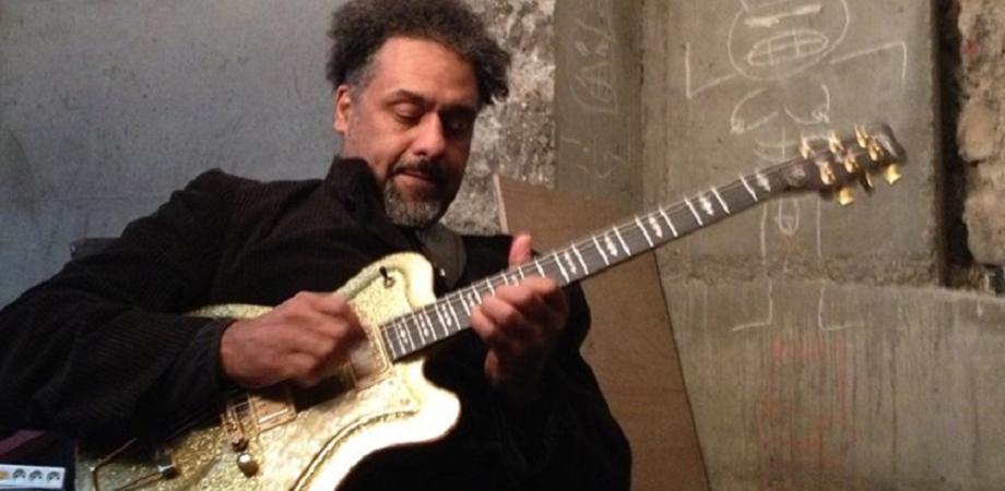 Un omaggio a Jimi Hendrix domani al Margherita suona il jazzista Jean-Paul Bourelly