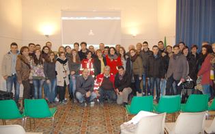 http://www.seguonews.it/cri-nissena-alla-ricerca-di-volontari-istituiti-due-corsi-base-piave-risorsa-importante-per-aiutare-gli-altri