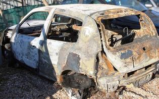 http://www.seguonews.it/gela-notte-di-terrore-piromani-incendiano-auto-le-fiamme-bruciano-palazzo