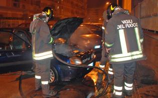https://www.seguonews.it/gela-attentato-incendiario-in-piazza-eschilo-ennesina-auto-in-fiamme