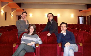 http://www.seguonews.it/la-passione-per-il-teatro-non-ha-eta-il-programma-dellassociazione-dedalo-al-teatro-de-curtis-di-serradifalco