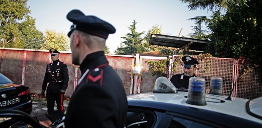 Nascondeva droga nella sua abitazione, blitz dei carabinieri a Niscemi. Giovane in arresto: trovati 120 grammi di hashish