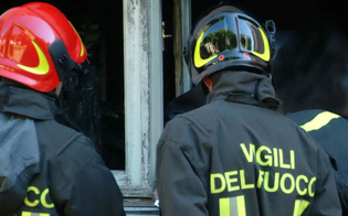 http://www.seguonews.it/ancora-incendi-a-gela-in-fiamme-due-auto-e-una-casa-rurale