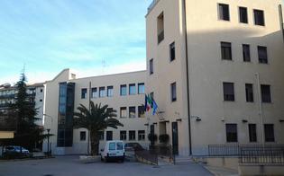 https://www.seguonews.it/caltanissetta-entra-armato-al-tribunale-per-i-minori-giovane-denunciato