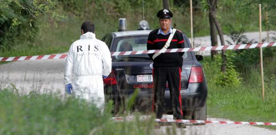 Marito e moglie uccisi a Ferrara, poi avvolti in sacchi di plastica: fermati il figlio 16enne e un amico
