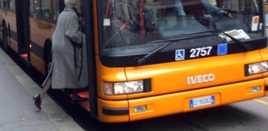 Gela, trasporto pubblico in favore degli anziani: è possibile ritirare le tessere
