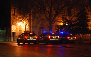 Controlli antidroga a Caltanissetta. La Polizia ferma pakistano con due dosi di hashish