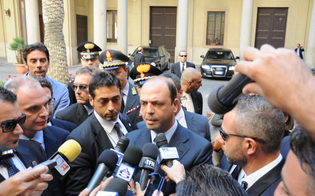 https://www.seguonews.it/corte-dappello-il-ministro-alfano-a-caltanissetta-presidio-di-legalita-da-difendere-avanti-con-lantimafia-delle-leggi