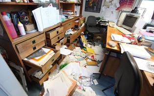 http://www.seguonews.it/raid-vandalico-allasp-2-di-caltanissetta-uffici-a-soqquadro-danneggiate-anche-le-auto