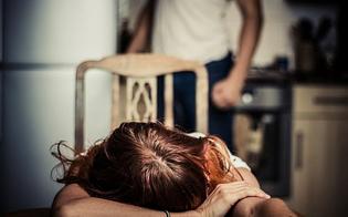 http://www.seguonews.it/maltrattamenti-alla-partner-altro-caso-nel-nisseno-la-donna-denuncia-e-fa-arrestare-il-convivente