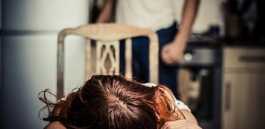 """""""Abusi e soprusi alla convivente"""". Il Tribunale di Caltanissetta condanna a 7 anni un uomo dopo la denuncia della donna"""