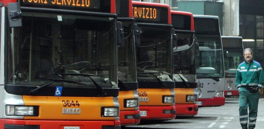 Martedì sciopero dei bus Scat a Caltanissetta. Gli autisti incrociano le braccia per 8 ore