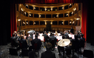 http://www.seguonews.it/notte-di-salute-venerdi-musica-e-cabaret-al-teatro-margherita