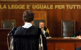 https://www.seguonews.it/niente-vaccino-per-gli-avvocati-siciliani-cambia-il-nuovo-piano-nazionale-prenotazioni-in-base-alleta