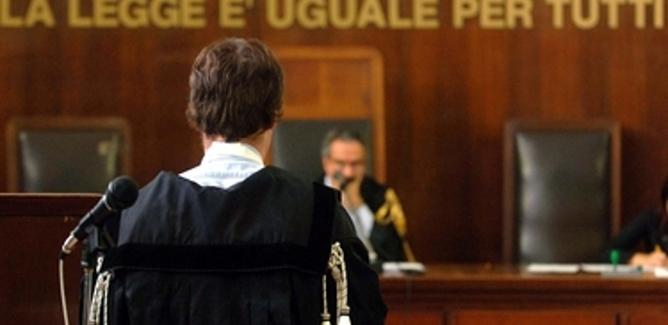 Accusato di aver dato in noleggio slot machine senza licenza, ma agì per conto della moglie: assolto il nisseno Ettore Allegro