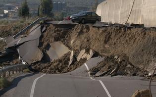 http://www.seguonews.it/emergenza-viabilita-nel-nisseno-pochi-soldi-per-manutenzione-sos-regione-dai-commissari-dellex-province