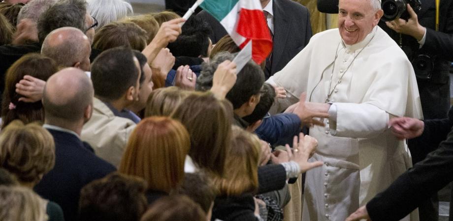 """Papa Francesco contro la mafia: """"Convertitevi o per voi c'è l'inferno"""""""