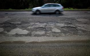 http://www.seguonews.it/bastabuche-stradali-anas-avvia-lavori-su-rete-viaria-nel-nisseno-limpresa-truscelli-si-aggiudica-maxi-appalto